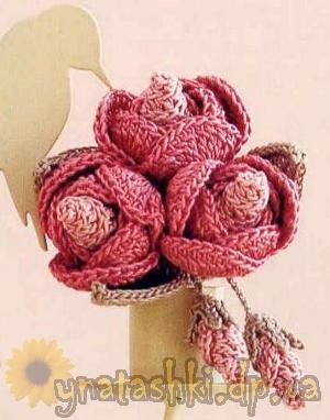 вязаный букет роз