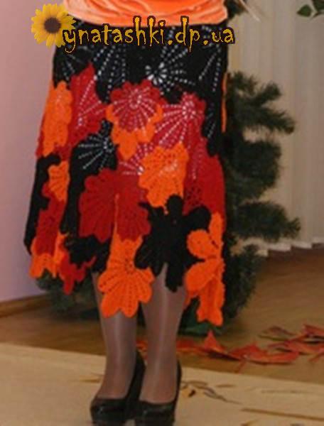 Вязаная юбка крючком листья