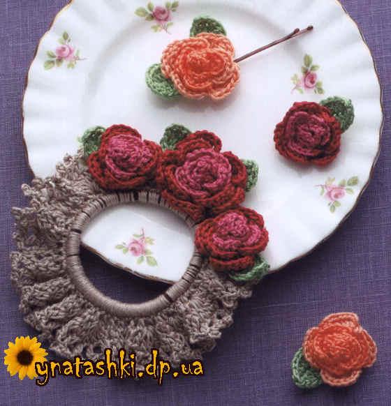 Резинка для волос с розами